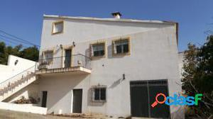 Chalet independiente a la venta en Motril (Granada)