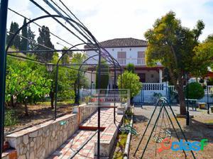LA ZUBIA, magnífico chalet con 350 m2 construidos y 1567 m2