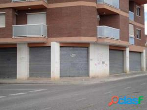 LOCAL COMERCIAL EN ALPICAT. A PIE DE CALLE