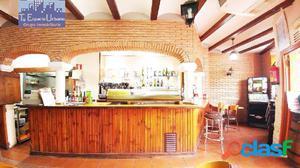 Local comercial adaptado como Bar Cafetería, con licencia y