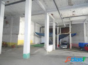 Local en venta en Vélez-Málaga de 780 m2