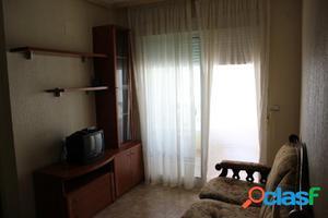Se vende práctico y soleado apartamento en Guardamar
