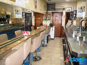 Cafeteria en zona de ocio detras del mercado central con