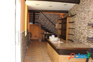 INTERESANTE LOCAL EN ZONA CUATRO CAMINOS
