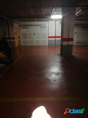 Plaza de parking con trastero en Santa Perpetua de Mogoda
