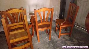 Precioso juego de madera mesa y sillas