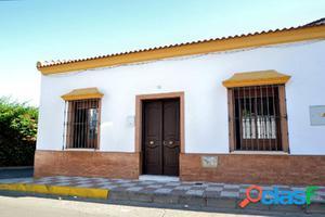 Venta de Casa en el centro de Villanueva del Ariscal,