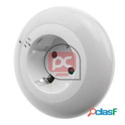 Luz led nocturna con sensor de luz y toma de corriente tipo