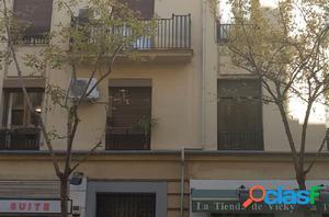 Piso exterior en Goya a reformar de 3 dormitorios, salón y