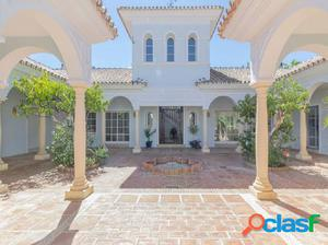 Casa-Chalet en Venta en Alhaurin El Grande Málaga Ref: