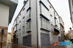 Apartamento seminuevo en la Ciudad Vieja con garaje y