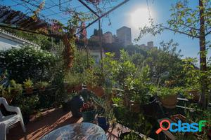 Vivir a la falda de la Alhambra y disfrutar de su embrujo es