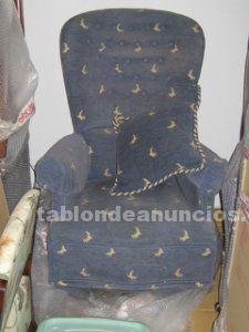 2 sillones balancín y giratorios azules