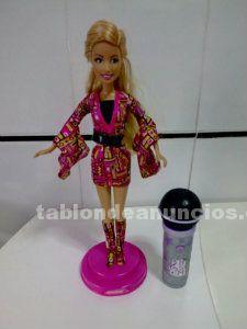 Se vende barbie high school musical con plataforma