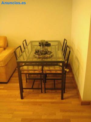 Mesa Y Cuatro Sillas De IKEA