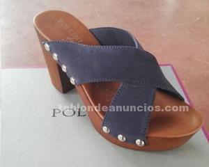 Stock zapatos mujeres