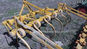 Vendo cultivador de 11 brazos