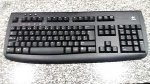 Dos teclados de ordenador