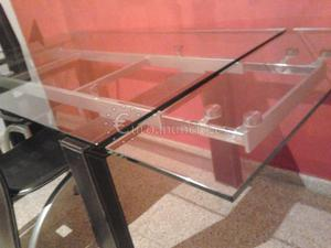 Mesa Comedor de cristal con 4 sillas, conversable.