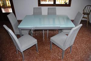 Mesa de cristal con 6 sillas