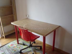 Mesa escritorio juvenil ikea + silla