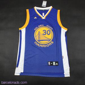 The cheap jerseys from China are available at wholesale