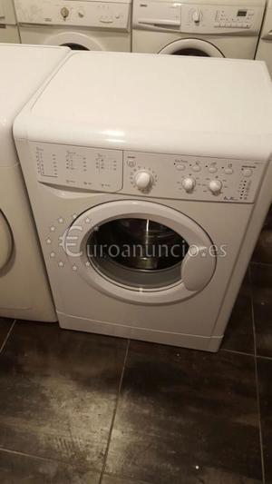 lavadora INDESIT 6 kilos A+  rpm
