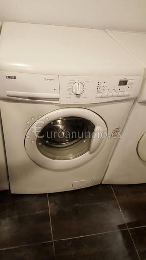 lavadora ZANUSSI 6 kilos A+  rpm