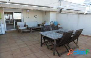Ático dúplex, de 95 m2, con 3 dormitorios. Terrazas,