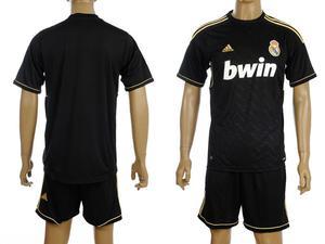 Camiseta de fútbol más barato del mundo salvaje - Madrid