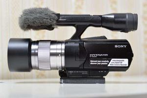 Cámaras de vídeo SONY NEX-VG euros) y NEX-VG