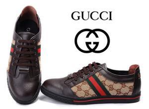 Nike, Adidas, Gucci, Converse... Zapatos de marca se venden