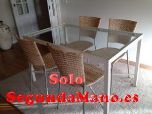 Se vende mesa de comedor con sillas