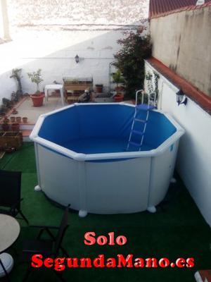 Se vende piscina a estrenar.