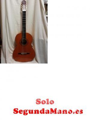 Vendo guitarra flamenca de artesanía.