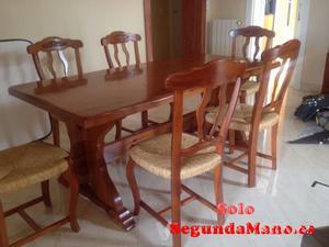 Vendo mesa y 6 sillas de madera como nuevo