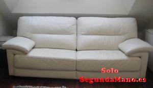 Vendo sofa tres plazas de piel blanco