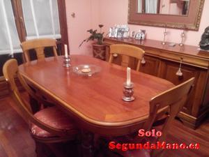 se venden preciosa mesa y cómoda ambas de cerezo