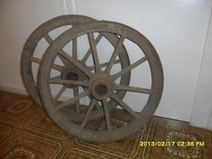 vendo ruedas de madera de carro antiguo - Zaragoza