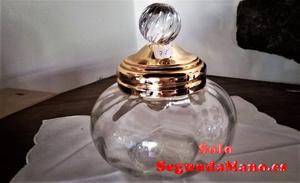 Bombonera de cristal tallada, con cierre de laton (75a)