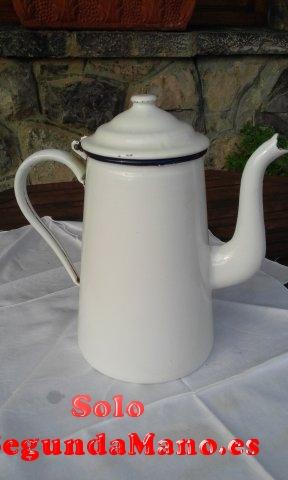 Cafetera antigua de porcelana blanca (154a)