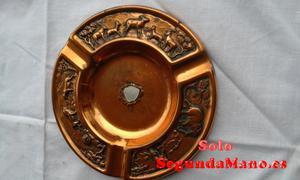 Cenicero de cobre con motivos de Sudafrica (28a)