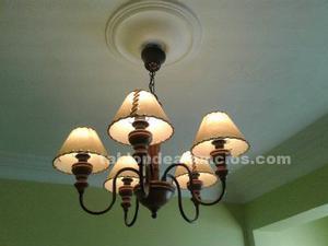 Lámpara de madera y forja
