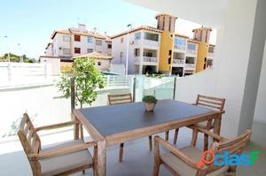 Magnifico apartamento con piscina comunitaria y parking