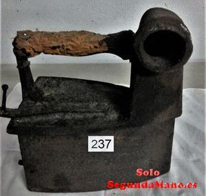 Plancha muy antigua de Vapor (a)