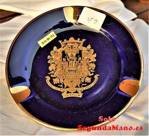 Plato colgar escudo de Sevilla, incrustaciones de oro (59a)