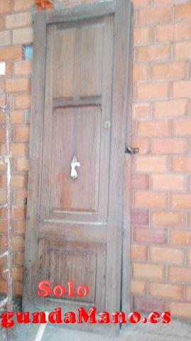 Puertas exteriores de mobila vieja