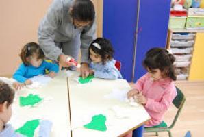 Se buscan trabajadores en educación infantil o auxiliares