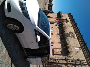 Taxi 7 plazas de Santiago de Compostela - A Coruña