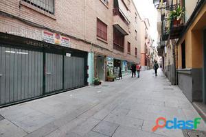 Cochera en Calle Cruz, zona Recogidas-Plaza de Gracia para
